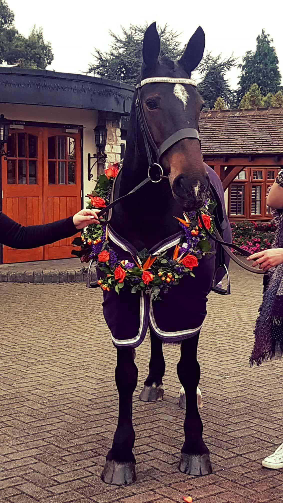 Horse wedding flowers