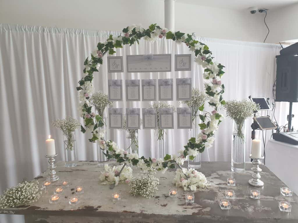 Table plan - with gypsophila vases